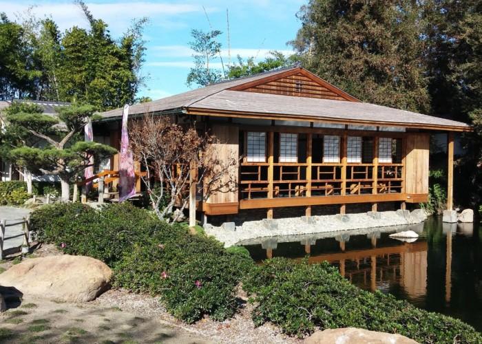 Tea_house_at_the_Japanese_Garden
